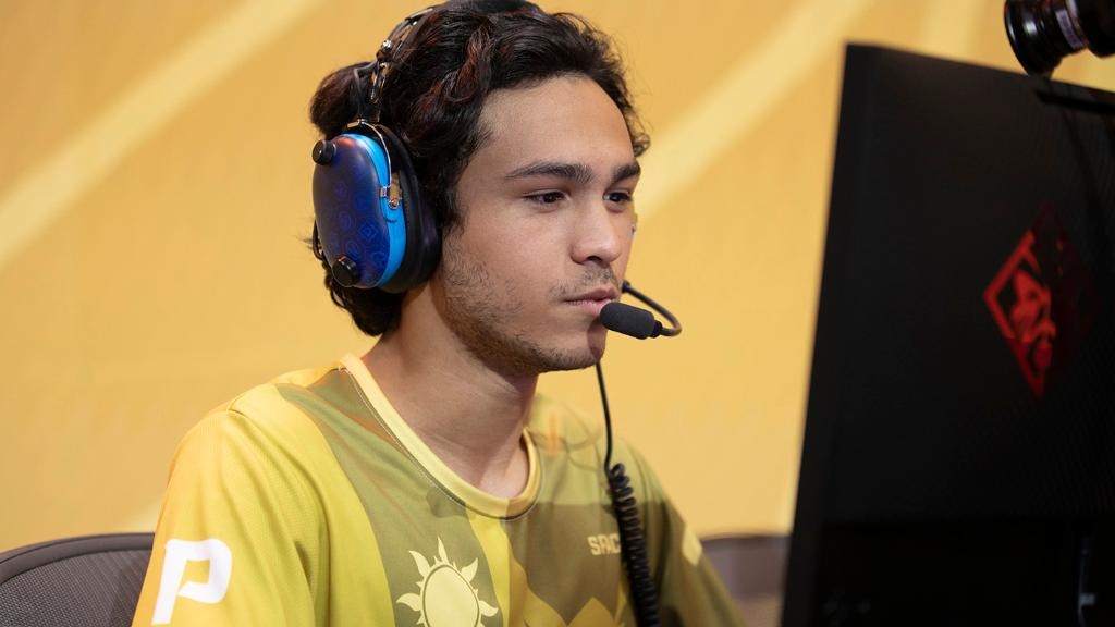 While flex tanks historically have been on DVa duty, the current #OWL2019 meta has some players embracing the flex part of their role. More here: blizz.ly/2WVAfmR