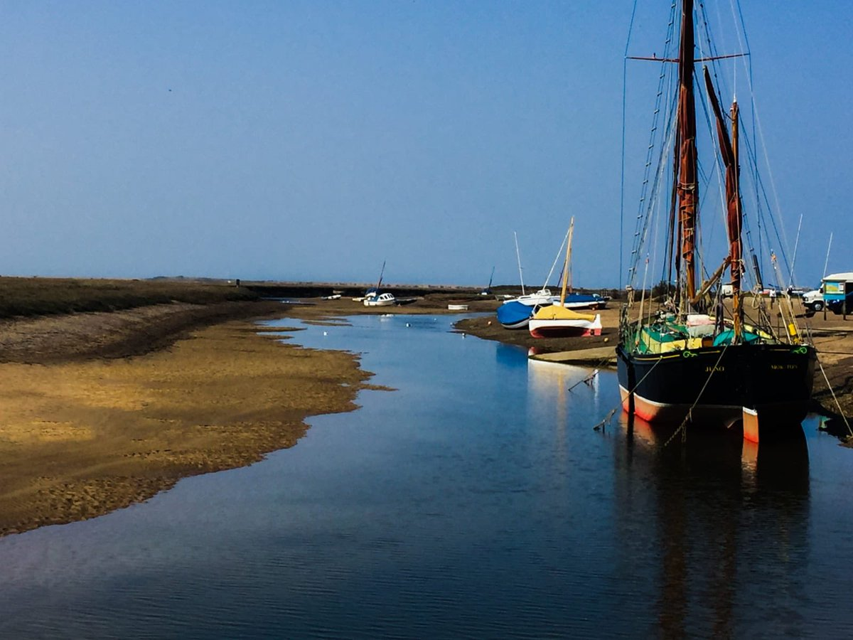 test Twitter Media - The sun is out and #NorthNorfolk is looking absolutely stunning come and enjoy it this week before half term starts!  Lots of great walks and local villages to explore near #Cromer https://t.co/2YcCxF3PIu