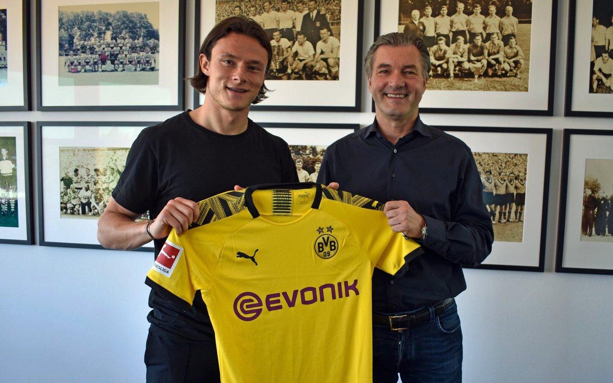 Dortmund contrata Schulz ao Hoffenheim.