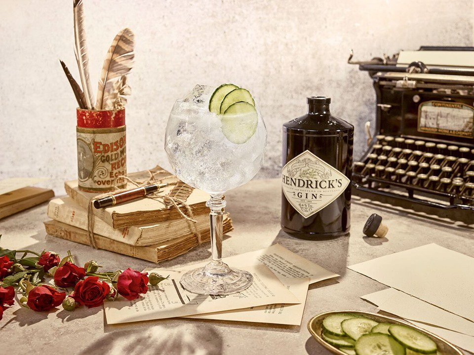 We&#39;re giving you a chance to #win a bottle of @HendricksGin to get you #ginspired over this Bank Holiday #weekend! To enter- FOLLOW, RETWEET &amp; TAG your #gin-drinking buddy.   #Winner announced 24/05/19, must be 18+ &amp; pick up from the pub. @YoungsPubs #competition #competitiontime <br>http://pic.twitter.com/GPSIRrZggQ