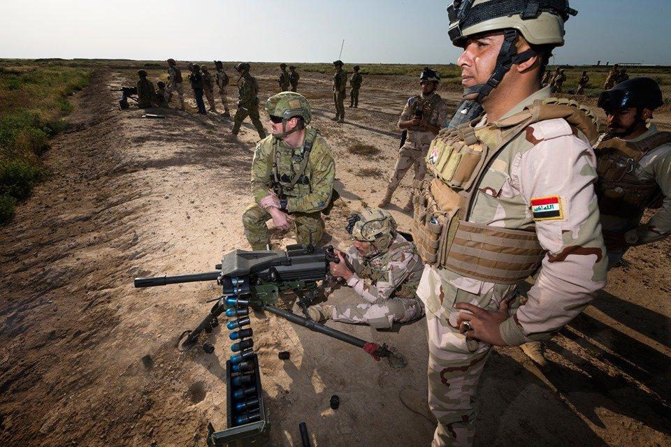 جهود التحالف الدولي لتدريب وتاهيل وحدات الجيش العراقي .......متجدد - صفحة 5 D7Fa8v0WwAAW-2r