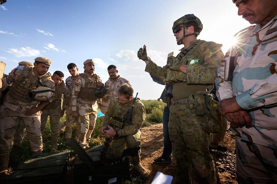 جهود التحالف الدولي لتدريب وتاهيل وحدات الجيش العراقي .......متجدد - صفحة 5 D7Fa8v1XYAEDwOW