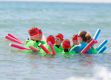#SwimSafe is coming to Silver Sands in #Aberdour this June to help children aged 7-14 learn how to swim safely in open water. Book a FREE one-hour session for your child athttp://j.mp/2LZbmWm @AberdourNews @RNLIQueensferry @RNLI