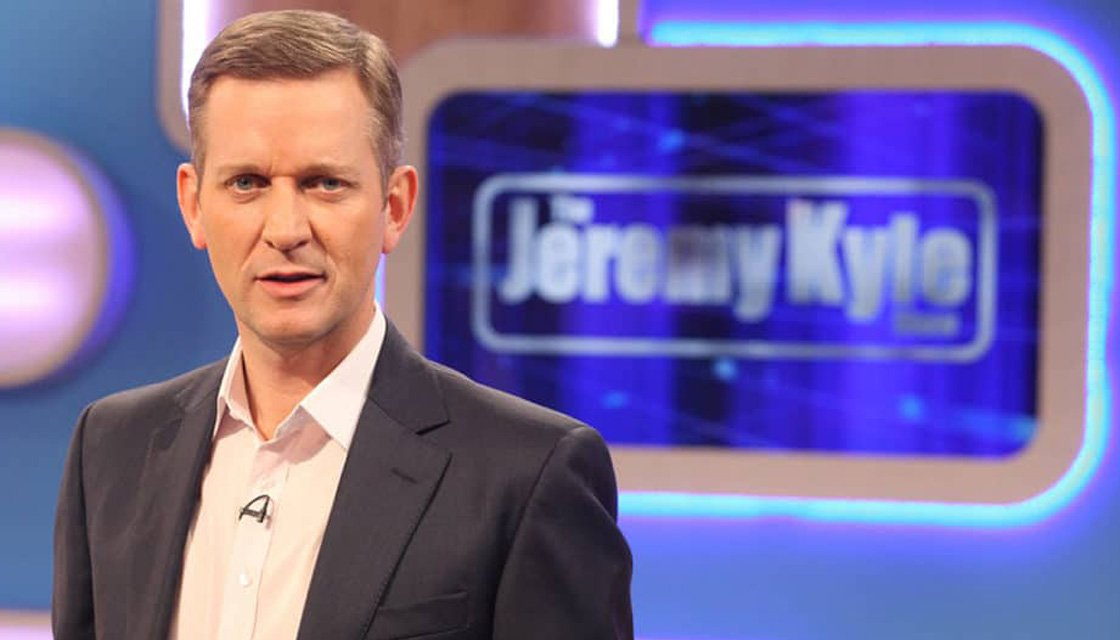 Boring mornings #bring back Jeremy Kyle.😪😪😪😥