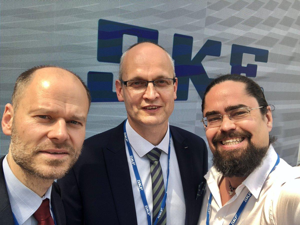 100 years of @SKFgroup celebration with SKF Czech CEO David Poláček and the Vice President of @SvazPrumyslu Radek Špicar #rollingfuture – at ČVUT - CIIRC: B-771