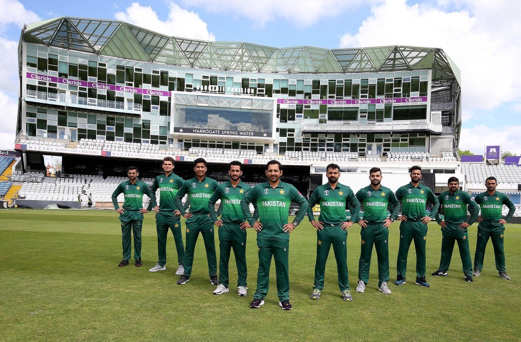 Nice picture,best of luck Team Pakistan and @SarfarazA_54 https://t.co/jzxyBFxFmi