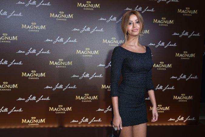 L'ex-callgirl Zahia Dehar fait son show à Cannes https://www.fashions-addict.com/L-ex-callgirl-Zahia-Dehar-fait-son-show-a-Cannes_408___18560.html… #cannes #cannes2019 #glamour #sexy #soiree #film #cinema #actrice #unefillefacile @Magnum_France @FHCOM