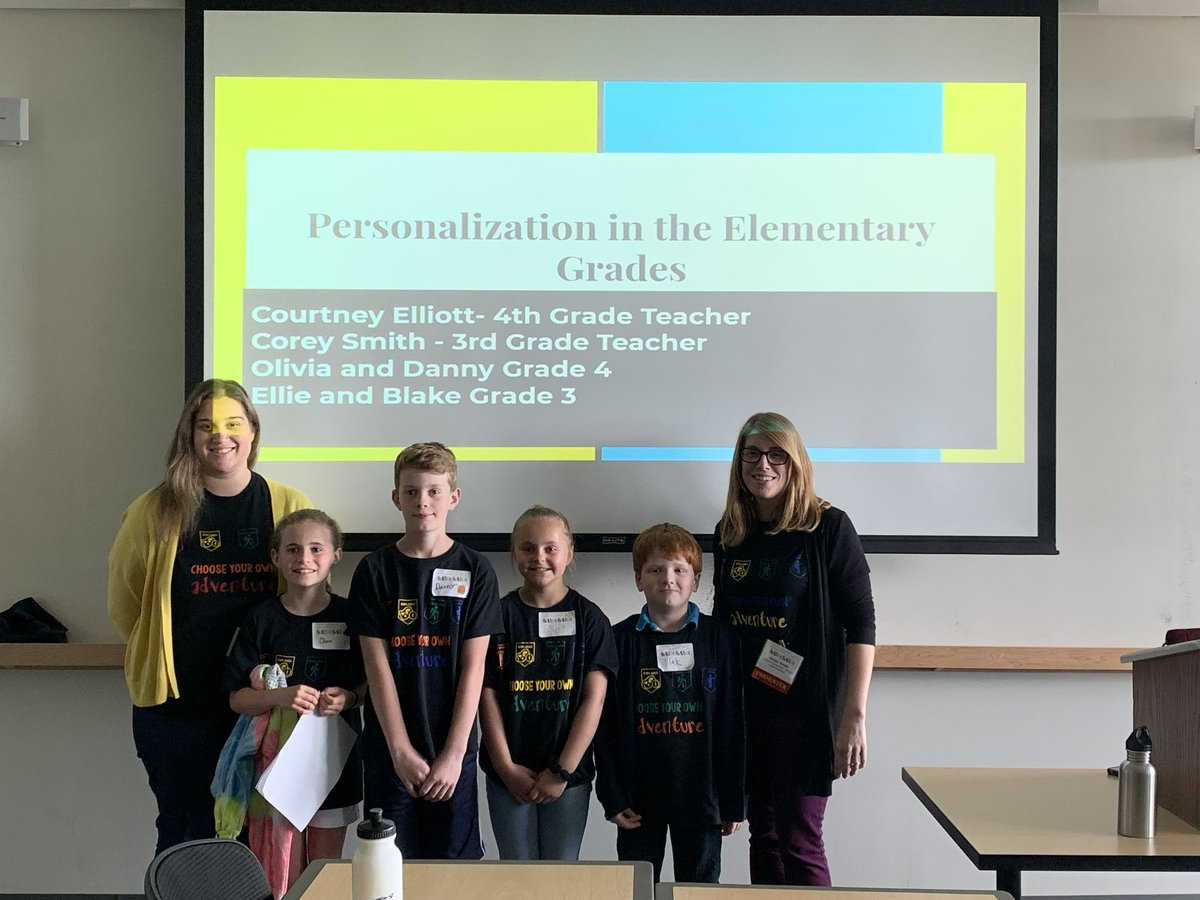 Presenting at Dynamic Landscapes with this amazing group of students. We share out all about how we use choice menus, self-assessment, and self-reflection to create a student centered learning environment #vted #DLVT19 #pres #grcsu @ProctorSchool @MsElliott345<br>http://pic.twitter.com/xQlkI7fPHO