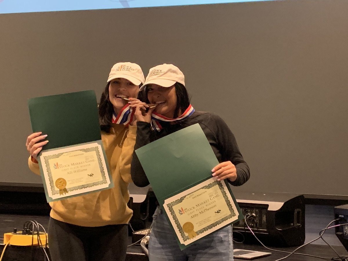 Legacy High students Alli Williams, Ashlee McPherson and Morgan Unruh (not pictured) took 1st place in the ND Spring State Stock Market contest. Teacher Matt Thornton's teams have won 5 of the last 6 competitions! Thanks to instructional coach Maggie Townsend for this photo. https://t.co/W4GVpoiswN