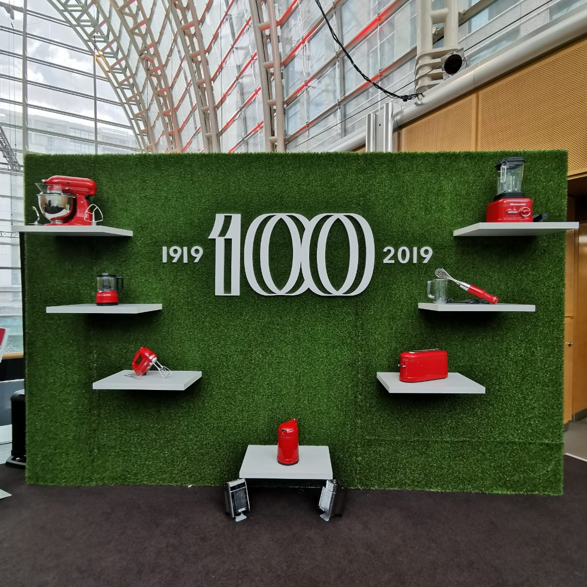 test Twitter Media - Luxury appliance brand, KitchenAid is celebrating its centenary marking 100 years since the iconic stand mixer was born in 1919. Read the full story on our blog, available here: https://t.co/8AVphJsnZQ https://t.co/HYDwZKcZXw