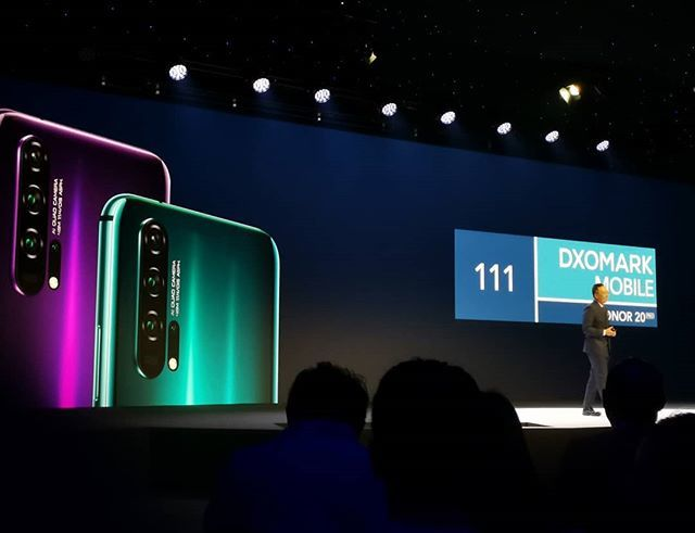 The @dxolabs score for the #honor20pro is 111 for the overall camera experience @honorglobal @xdadevelopers https://t.co/Lv3ZpX8GLW https://t.co/cbgPzfprqg