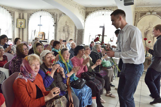 Участники молодежного клуба храма Александра Невского показали спектакль о войне https://t.co/W4wDeXesYa https://t.co/uWMFgXYfVI