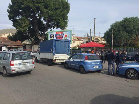 Armi in pugno bloccato corriere in via Mater Dolorosa, indaga la polizia - https://t.co/xHLGSGWtxK #blogsicilianotizie