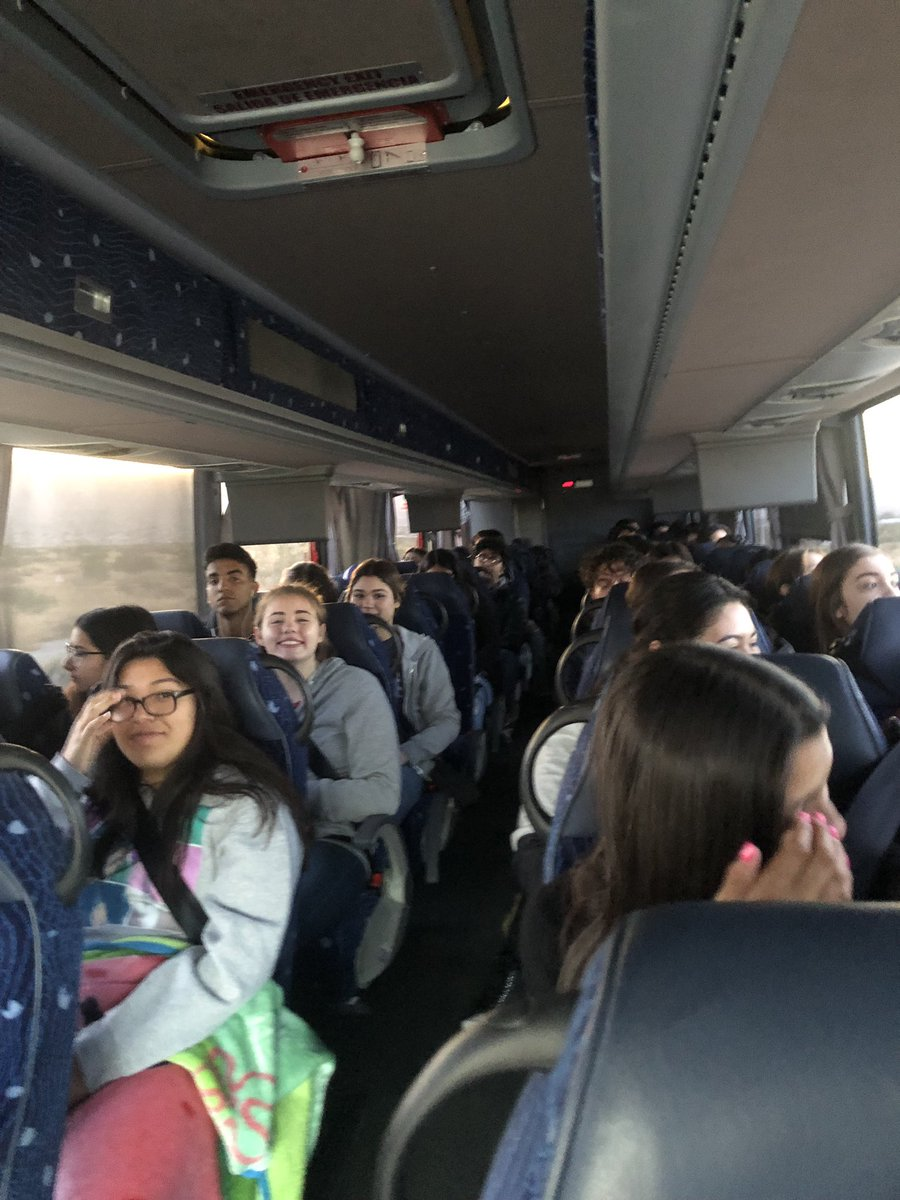 Our juniors head out to a 3 day college tour #WatchUsSoar <br>http://pic.twitter.com/cR2yoPduWI