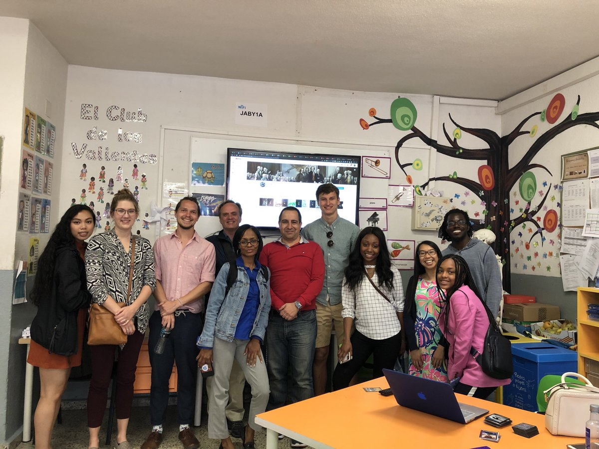 We've had the privilege of sharing with Professor Kesner and other colleagues and students from Georgia State University our experiences in methodological and technological innovation #WorldOfInnovation  #CuriosiTICpic.twitter.com/P2hcpOvuAh