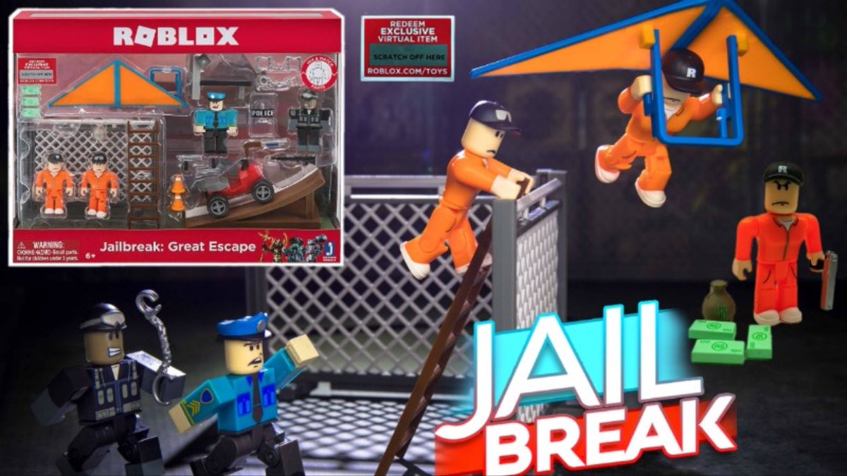 I finally unboxed the big new Jailbreak set, the box is huge! I'm