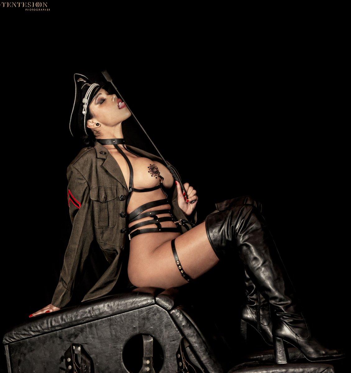 bisex πορνό κανάλι ζεστό υγρό μαύρο πορνό