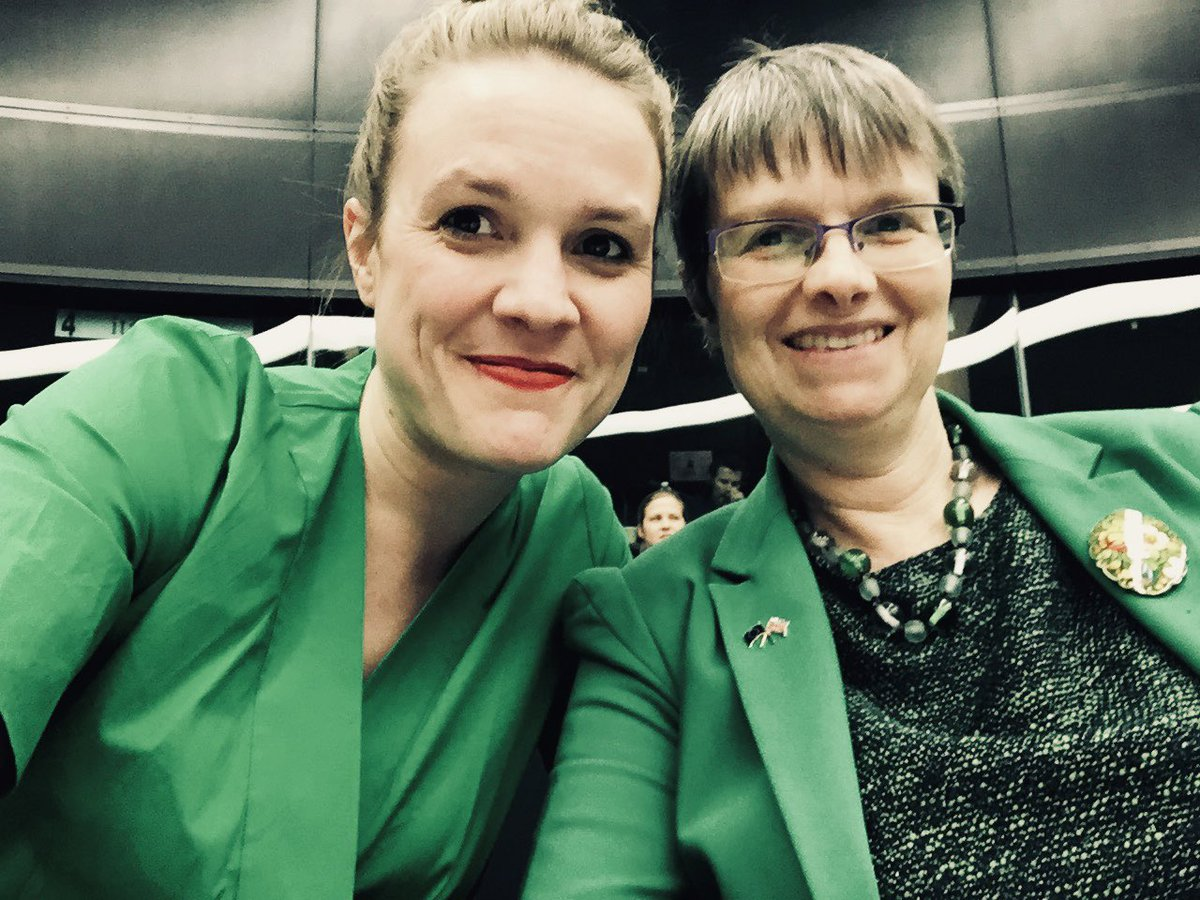 Happy Birthday, my favourite Green Superstar @MollyMEP You're such an inspiration. All fingers are crossed for Thursday 💚💚💚 #EuropeanElections2019