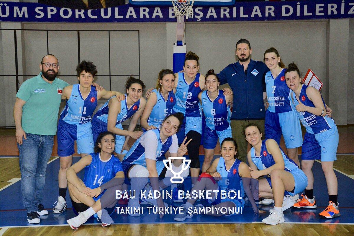 Türkiye'nin en geniş katılımlı spor festival KOÇFEST, Kurtuluş Savaşı'nın 100. yılında Samsun'da gerçekleşti. Müsabakalar sonucunda, Bahçeşehir Üniversitesi Kadın Basketbol Takımı Türkiye Şampiyonu oldu! #koçfest