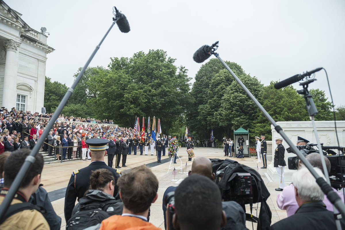 Any media interested in covering this year's National Memorial Day Observance Events should review the following media advisory and contact @MDW_USARMY Public Affairs: https://buff.ly/2VRBU0n