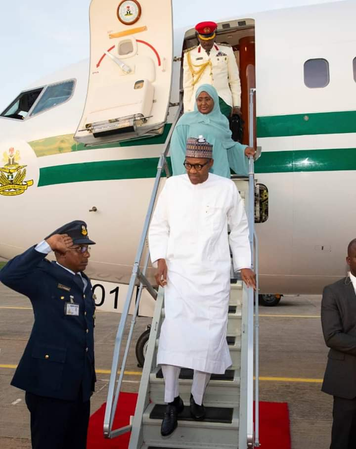 D7H2YlSWkAAn2dC - Breaking: President Muhammadu Buhari Returns To Nigeria With Wife After Lesser Hajj In Saudi(Photos)