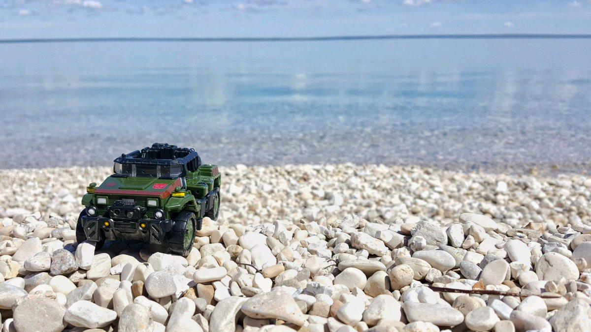 #deskbot on holiday.