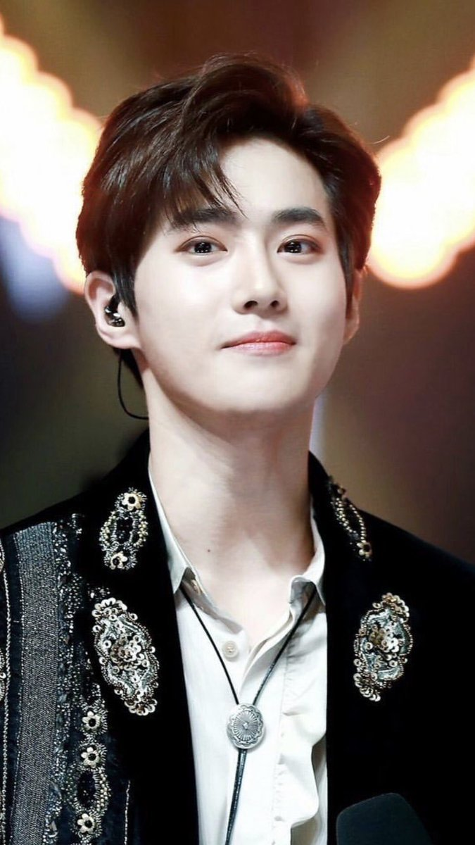 Happy birthday to the guardian of Exo our leadernim Kim Junmyeon. Thanks for loving and support to your fellow members. Always shine brightly my best leader in history. We love you. 😘❤💓💕💞 #HAPPYSUHODAY #HappyJunmyeonDay #KimjunCottonDay @weareoneEXO