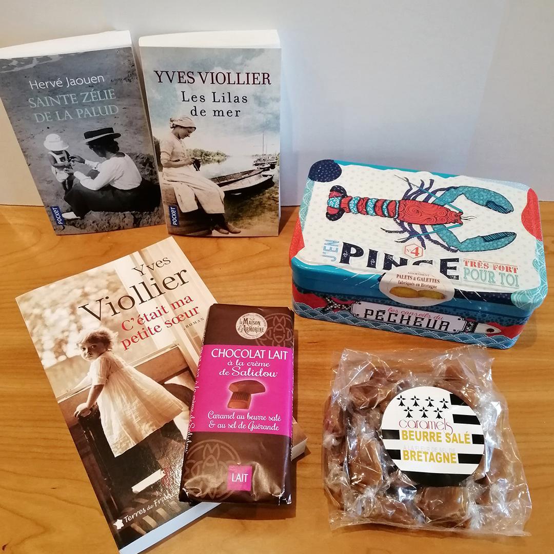 #CONCOURS: La délicieuse box terroir du mois d'avril est enfin arrivée! Pour tenter de remporter ce festin littéraire et gustatif:RT+ Follow Pocket1 gagnant sera tiré au sort le mardi 27 mai.