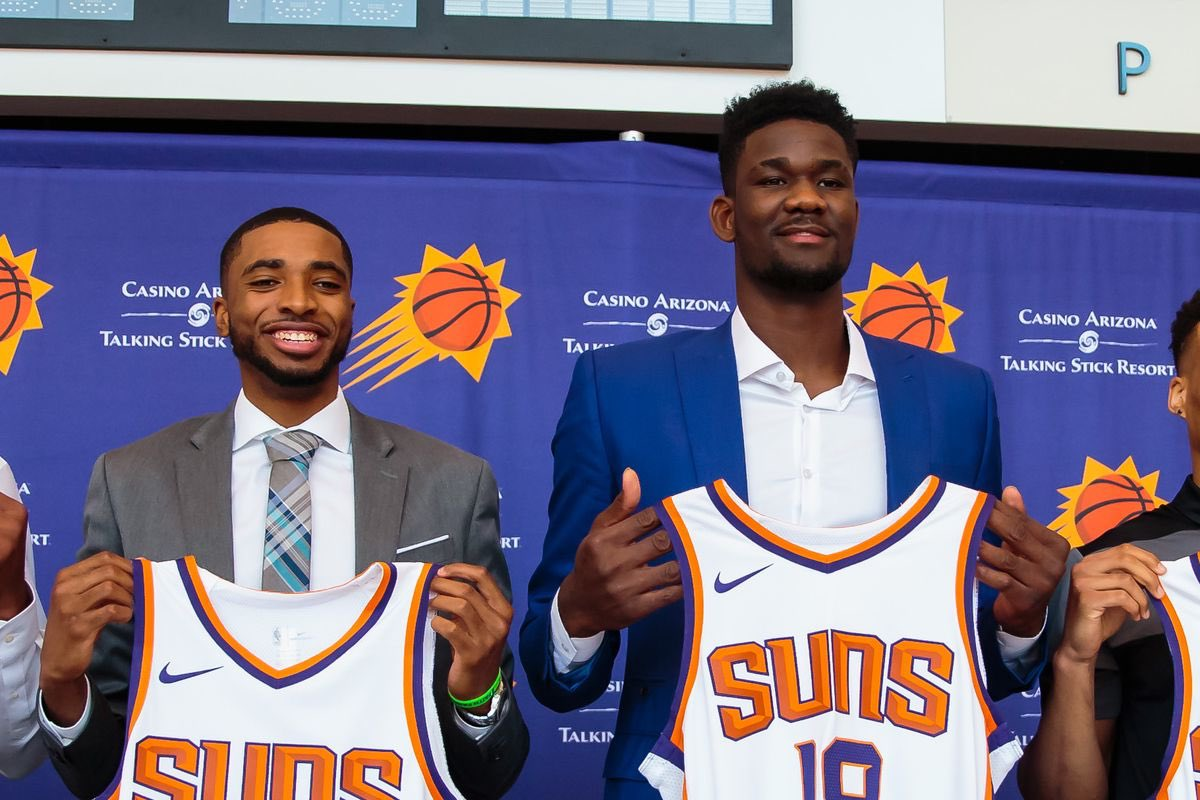 Deandre Ayton announced as a 1st team all-rookie.   Mikal Bridges finished 11th and just missed the cut, think his historically good defensive rookie season went under the radar nationally, but they'll find out soon. 😴