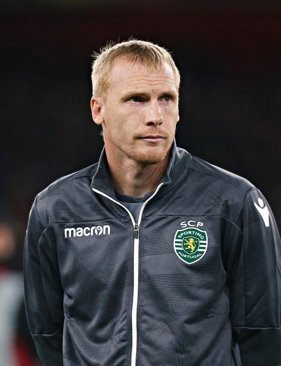 Mathieu chegou a acordo com o Sporting para renovar o seu contrato por mais um ano.