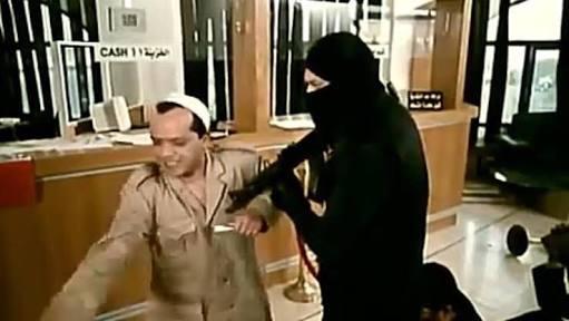#كلبش3 بعد ما قتلوا جيمى النهاردةسليم : اقتلوا أكرم صفوان كمان والنبى والنبى