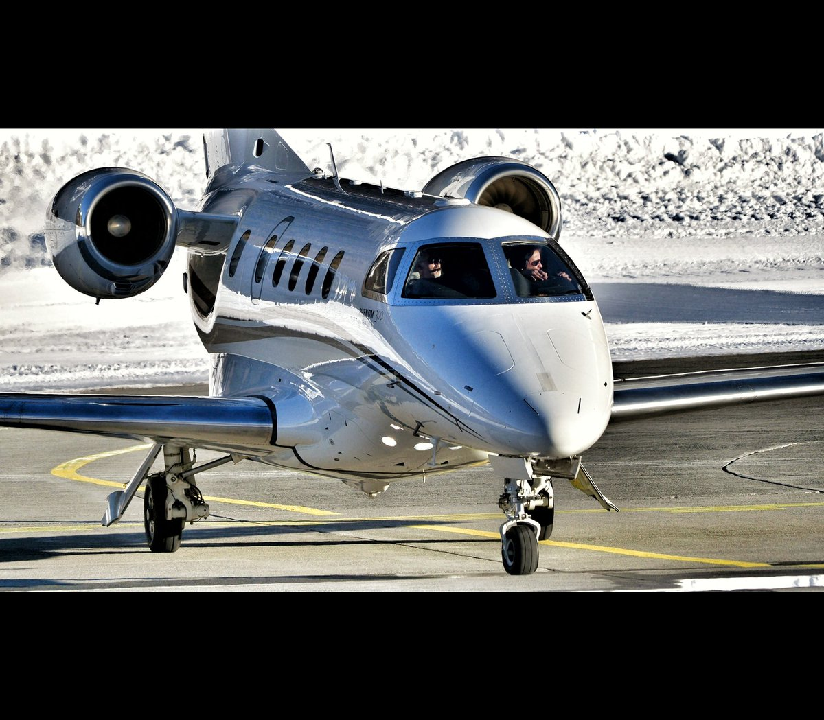 Embraer 505 @ Engadin Airport 09.02.2019 ..... .... Out now on YouTube by crosswind ... ... ... #DCDAS @embraer @embraerexecutivejets #Embraer505 #Phenom300  #valleytakeoff #corporatejets #bizjets #businessjet #privatejet #planespotting #aviation #lszs #EngadinAirport
