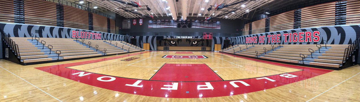 We are thrilled with the final results of our HS gym design! @CMullett_MDG is excellent at school branding &amp; was a great to work with from beginning to end!  Check out these before &amp; after photos. <br>http://pic.twitter.com/W2A0Ki5Oyi