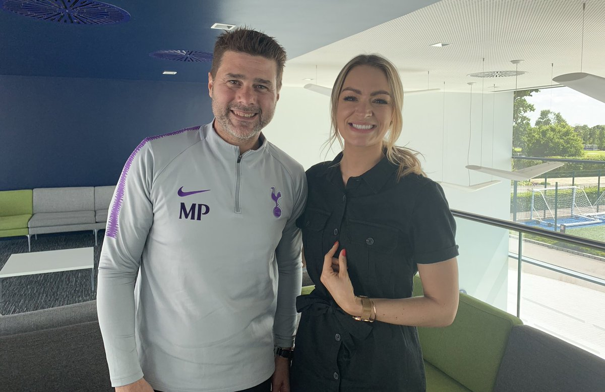 Our @Laura_Woodsy sat down with #THFC's Mauricio Pochettino today. 🙌 A fascinating, in depth chat where you'll learn so much about the Spurs boss. Coming soon on talkSPORT! 📻