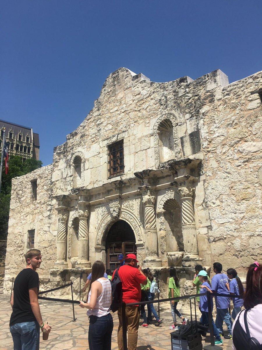 Day two! Ramily at the Alamo #remembertheAlamo