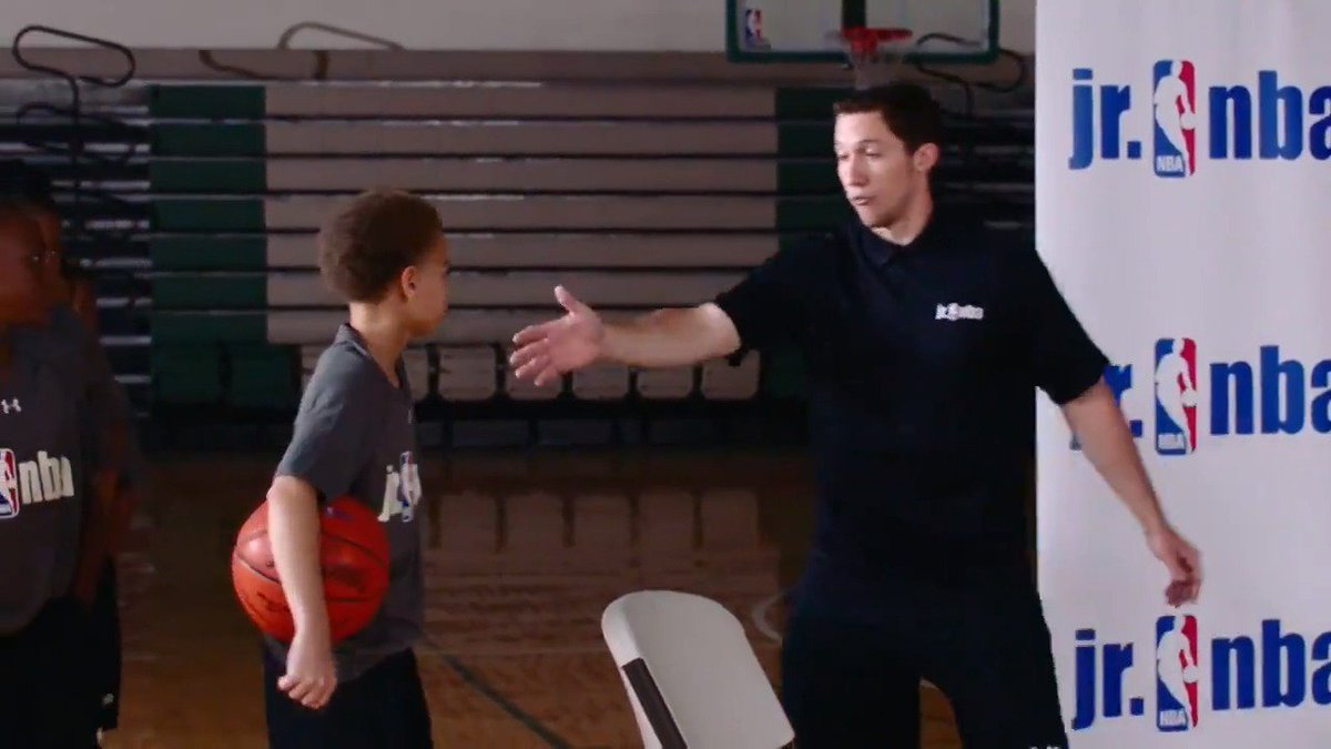 """Jr. NBA Coach Kyle Cummings shows us the """"Post Pass and Cut"""" drill. This drill focuses on making strong accurate passes into the post and effectively moving without the ball! #TeachingTuesday   Work on your passing: https://on.nba.com/2OFvESs"""