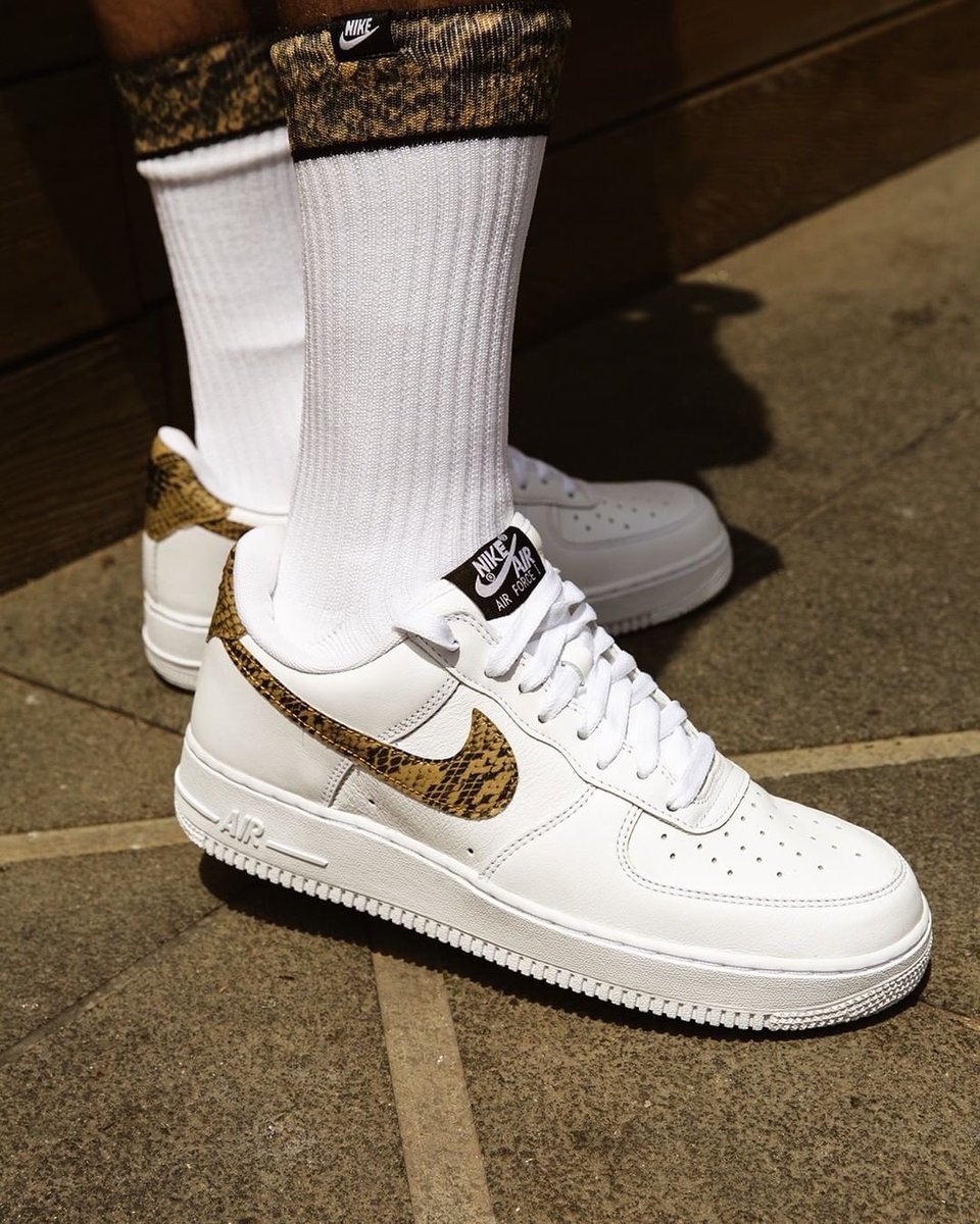 """more photos fd812 ee6bb  96 Classic Pick up the  Nike Air Force 1 QS """"96 Snake"""" (comes with socks)  Available at  HouseofHoops   online tomorrow.pic.twitter.com 7WJdeMGGAc"""