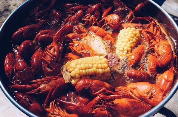 Bugs n' Beer! From 4-6PM this Saturday - we'll be dishing out best #Louisiana #Crawfish around town! $6 Hurricanes, $5 Abita Beer and #NewOrleans style music from #DistrictBrassBand!