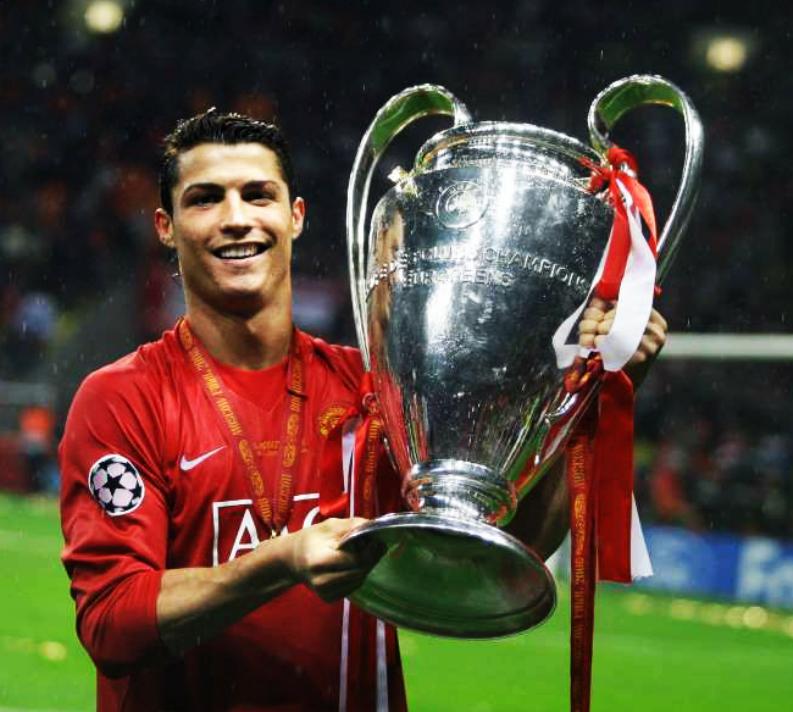 Se cumplen 11 años de la noche en la que Cristiano Ronaldo ganó su primera Copa de Europa como futbolista profesional. El inicio de un camino legendario. EL INICIO DE MR.CHAMPIONS.