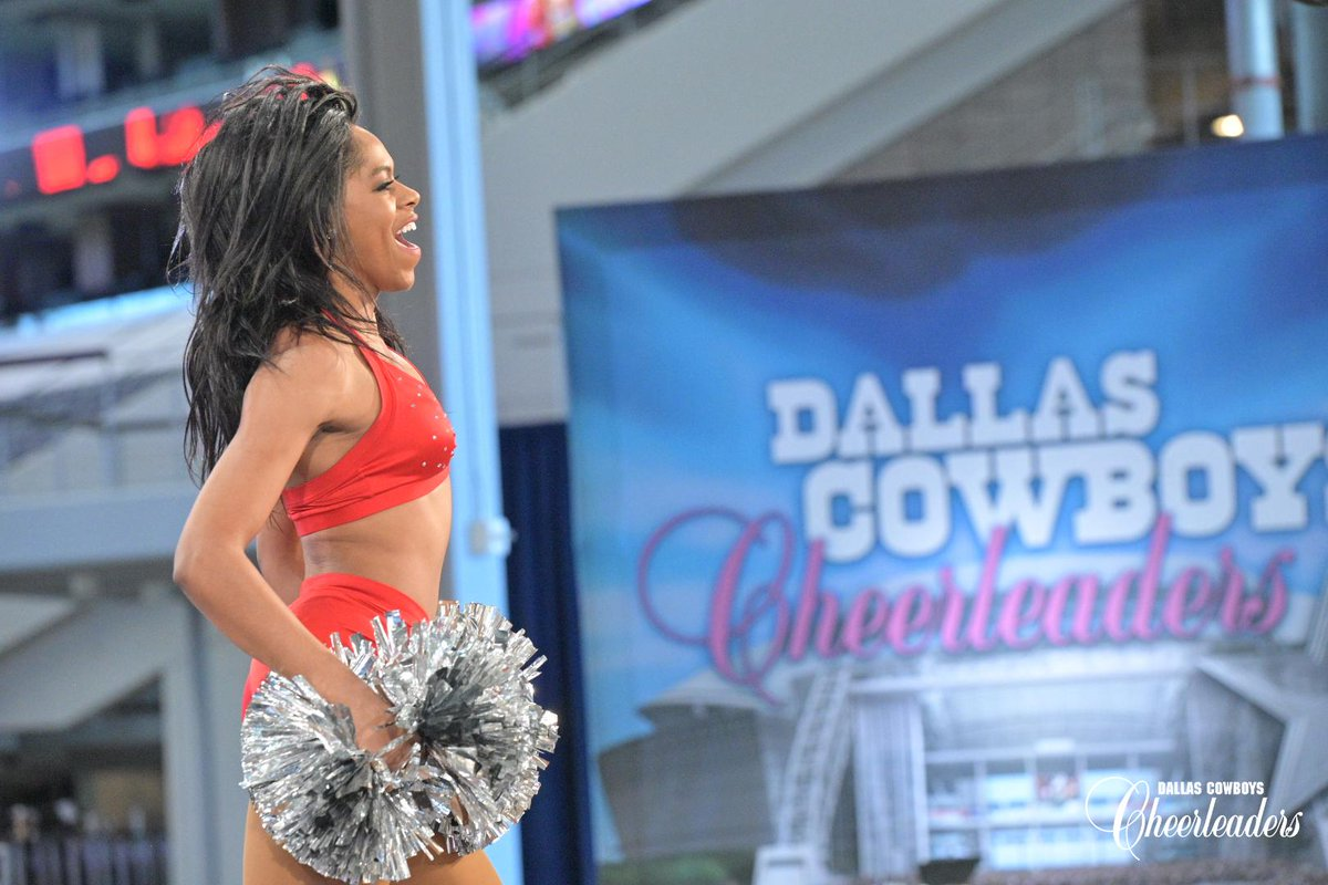 Check out photos from our semifinals round of #DCCAuditions at @ATTStadium, presented by @tangerinesalons! 📸 bit.ly/2Qio4xR