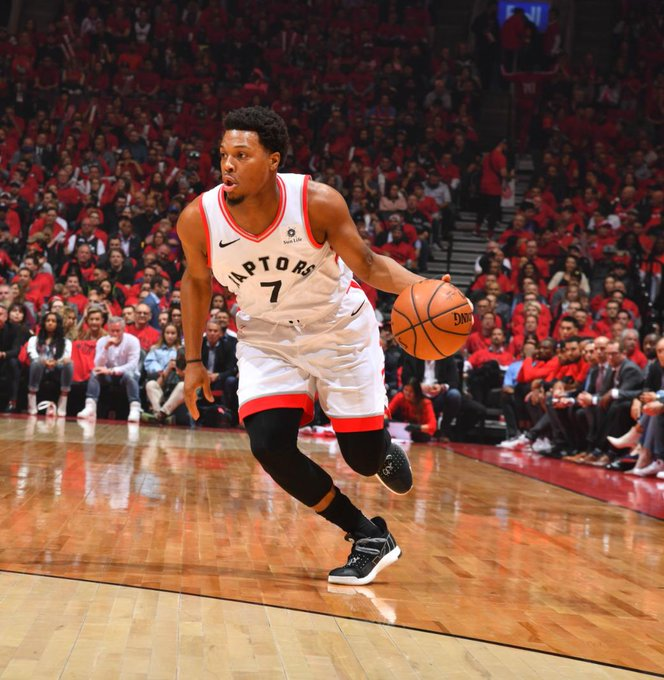 Kyle Lowry has the hot hand... scoring 12 quick PTS for the @Raptors!  #WeTheNorth 24 #FearTheDeer 24  #NBAPlayoffs on @NBAonTNT