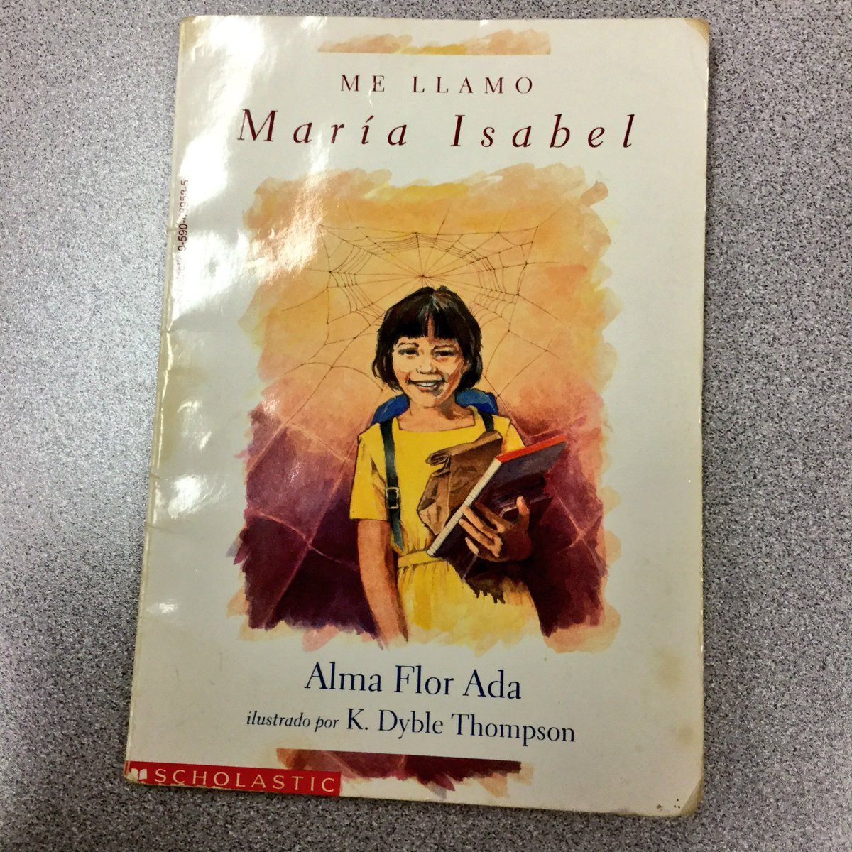 test Twitter Media - @mrblglvz The books I recall reading when I was in school were those about different cultures and with characters that I could relate to as a #Chicana  As a reluctant reader, I realized it was empowering for me to choose what I wanted 2 read! #D100Chat https://t.co/Q09V7fF8RZ