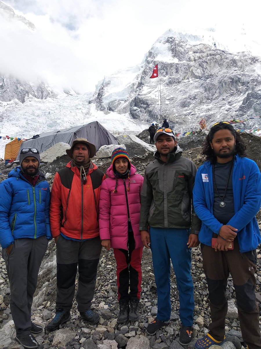 Government expedition team for everest height re-measurement 'Sagarmatha Height Measurement Expedition -2019' stood at the Top early morning 3:15 am. Congratulation Leader Khimlal Gautam and team. #Everest2019 #Everest #Nepal  📷: Meera Acharya https://bit.ly/2HM8JBE
