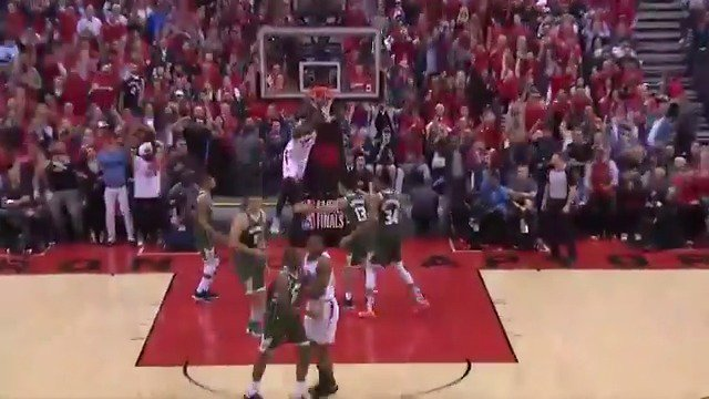 Kawhi Leonard sets up Serge Ibaka for your Heads Up Play of the Day!