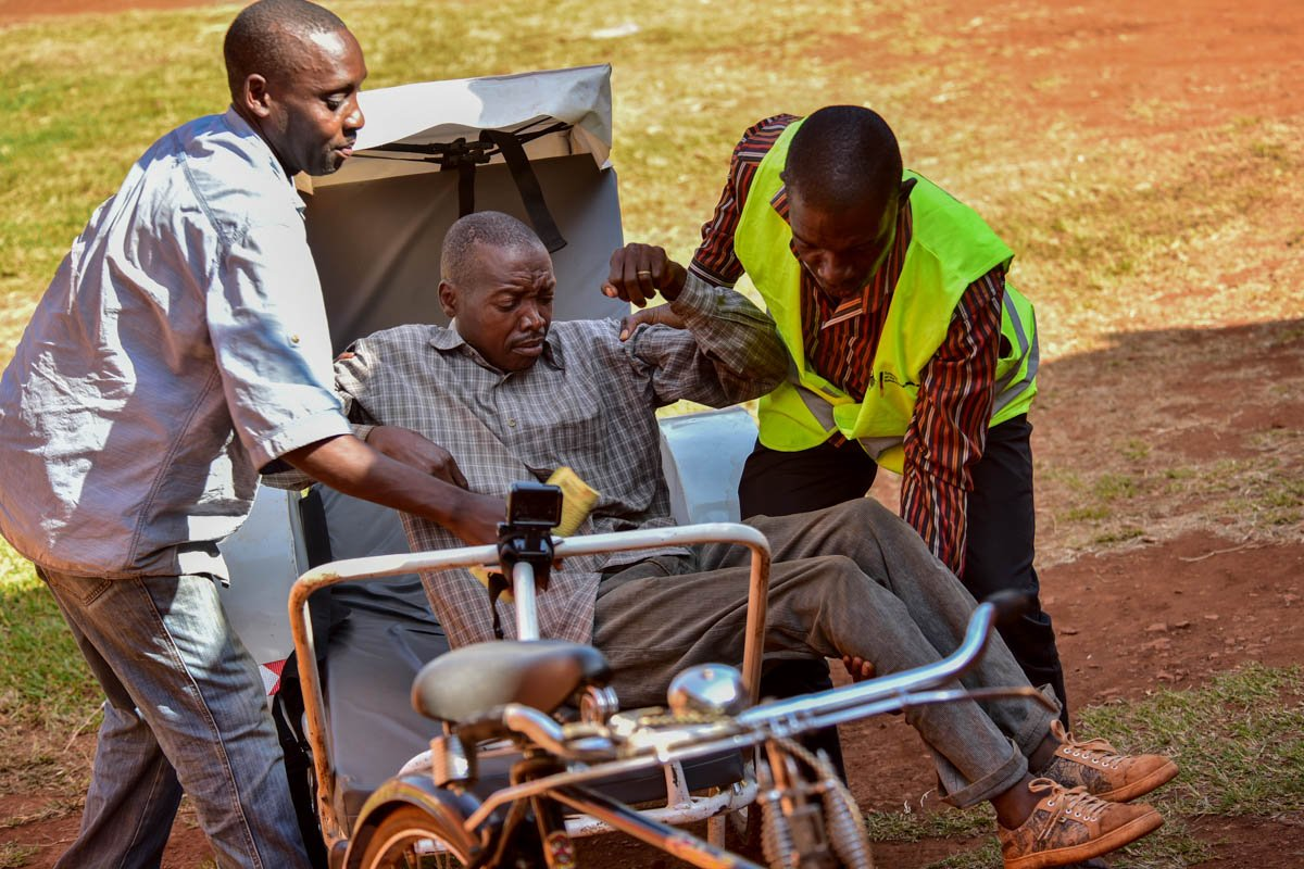 In rural Uganda, ambulances made with bicycles and electric scooters give more people access to health care — in pictures aje.io/whq8e