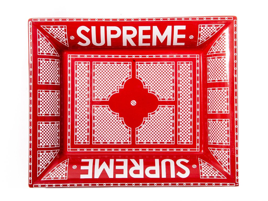 417e4c48 #obsessionoftheday The #SupremeNYC Vault: Live On @Sothebys's https:// bagaholicboy.com/2019/05/the-supreme-vault-live-on-sothebys/ … Please RT!