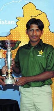 Happy birthday Kaptaan @SarfarazA_54. He captained our country to the under-19 world cup victory, he captained our country to the Champions Trophy victory. I wish he leads us to many more triumphs. #PakistanZindabad