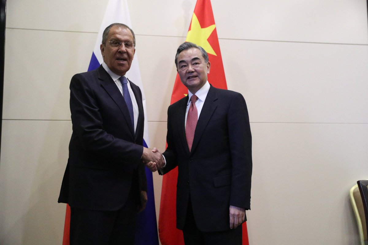 RT @mfa_russia: 📸Meeting with 🇨🇳FM  Wang Yi #Russia #Lavrov #Bishkek #Kyrgyzstan #SCO #China #UN https://t.co/Fgjr99xora