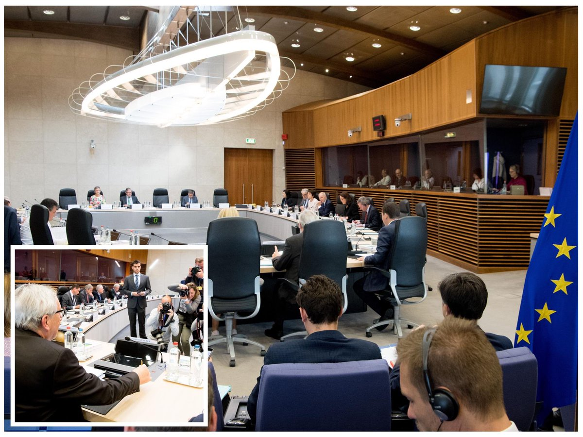 Last #TeamJunckerEU meeting today before #EUelections2019.  The hour of European Democracy #ThisTimeImVoting. Discussion on current political developments, updates on #EUbudget, #EUTrade, #EUChina Aviation Agreements.