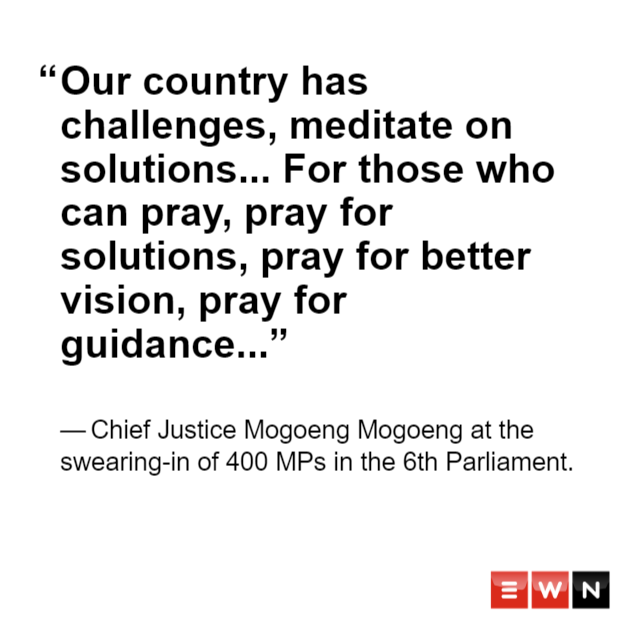 #6thParliament thank you Chief Justice  Mogoeng Mogoeng <br>http://pic.twitter.com/HMMa0bbSrY